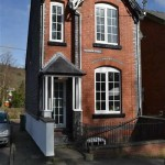 Town house for sale in llanidloes powys